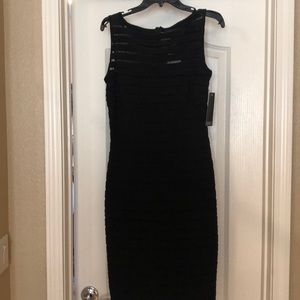 NWT!! Adrianna Pappell body Con dress